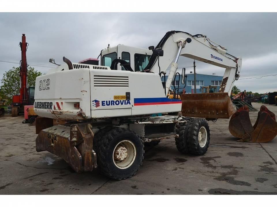 Excavator4835