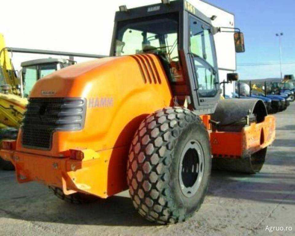 Cilindru compactor asfalt4884
