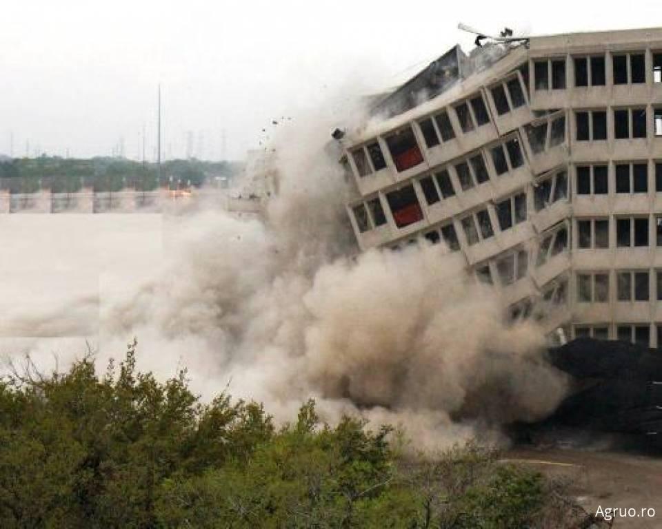 Demolari prin explozie4945
