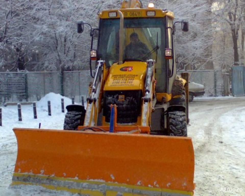 Lucrari deszapeziri cu buldoexcavator dotat cu lama4974