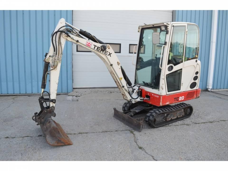 Mini-excavator pe senile de cauciuc5071