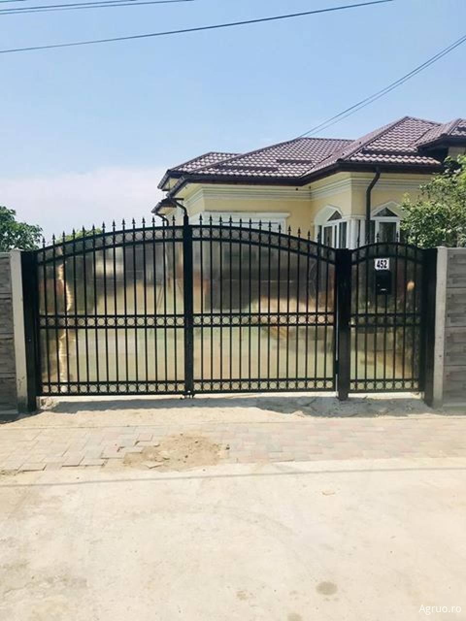 Confectionare porti metalice1112