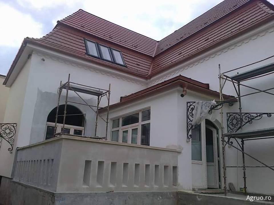 Casa la rosu48622