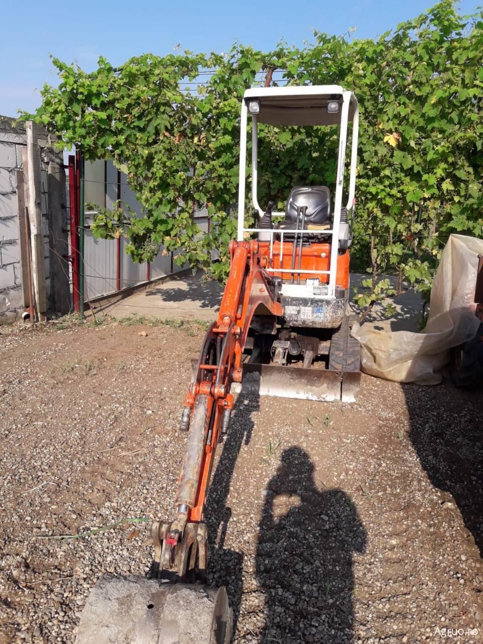Excavator48742