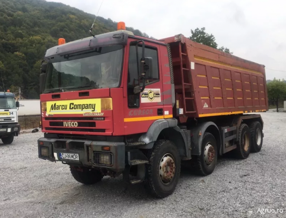 Camion container1587