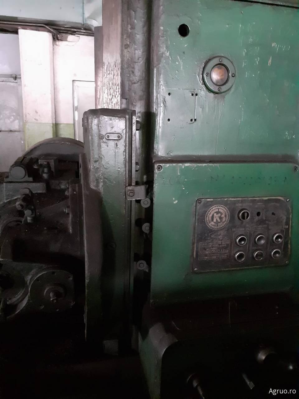 Masina de gaurit51522