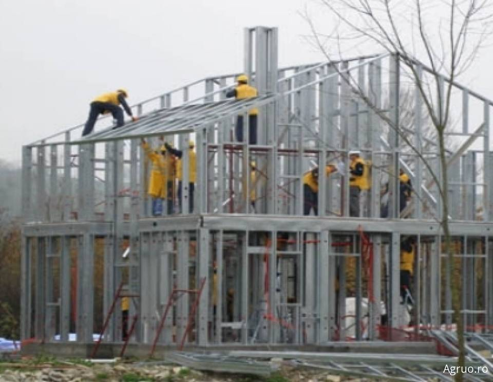 Casa pe structura metalica la cheie51898
