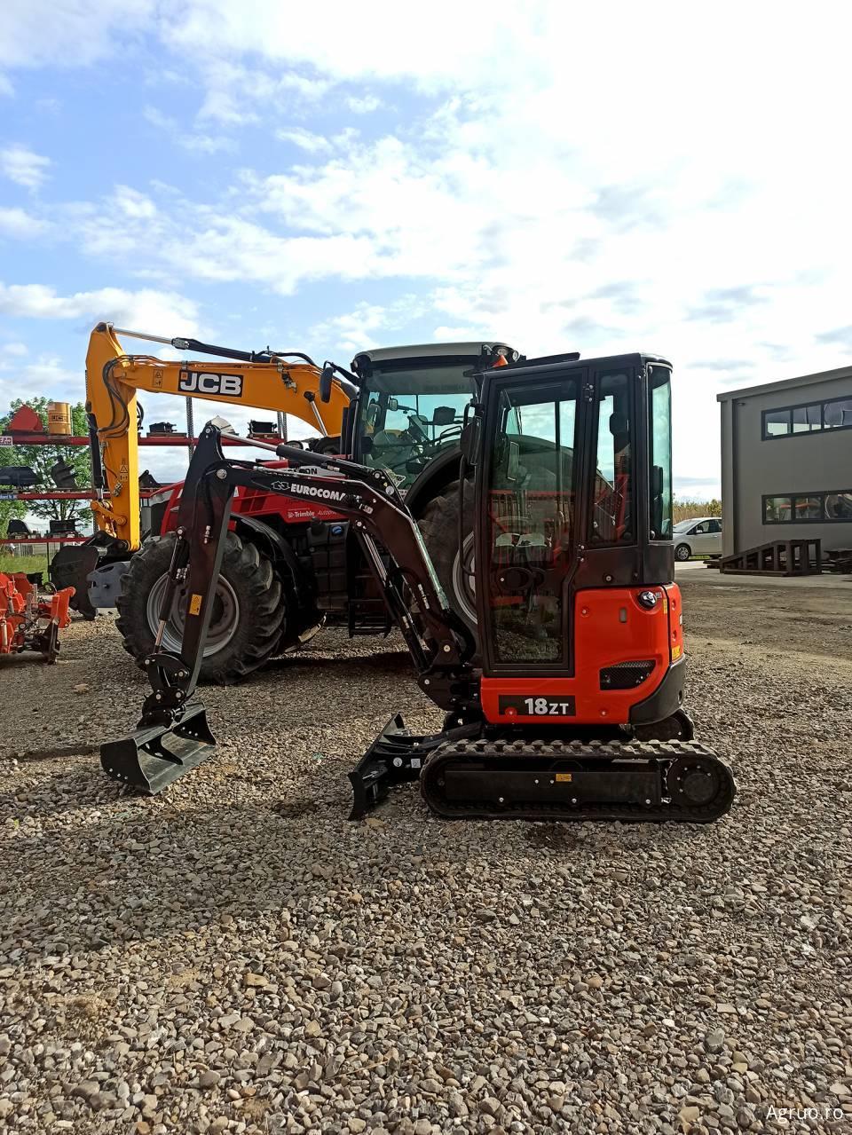 Mini-excavator53269