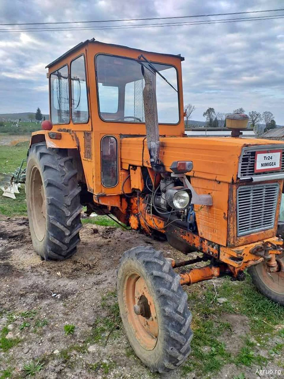 Tractor 1742