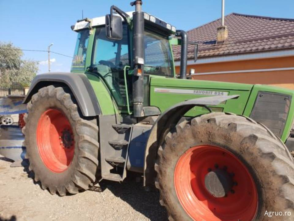 Tractor 2122
