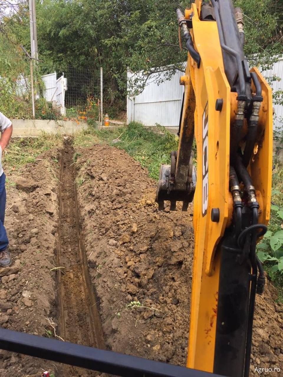 Excavator2347