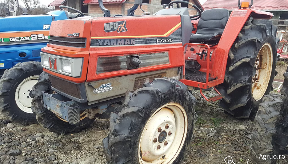 Tractor 2528