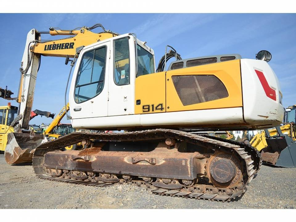Excavator pe senile3820