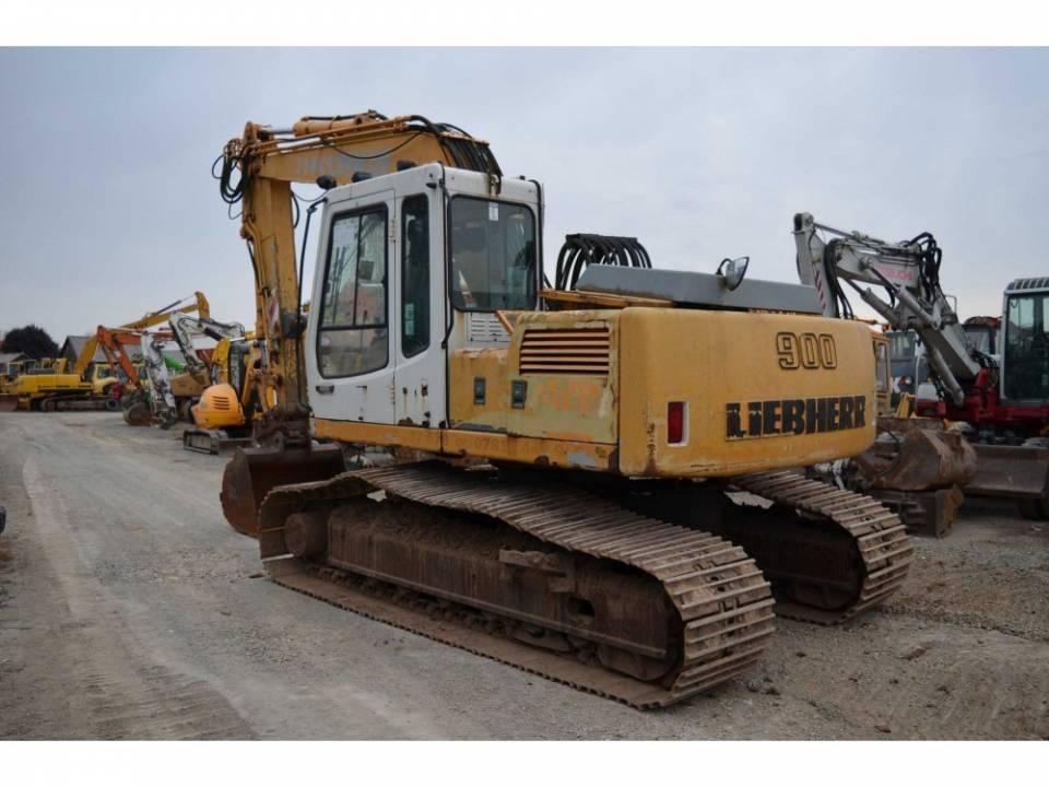 Excavator pe senile3824