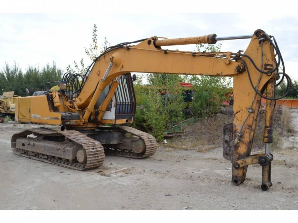 Excavator pe senile3862